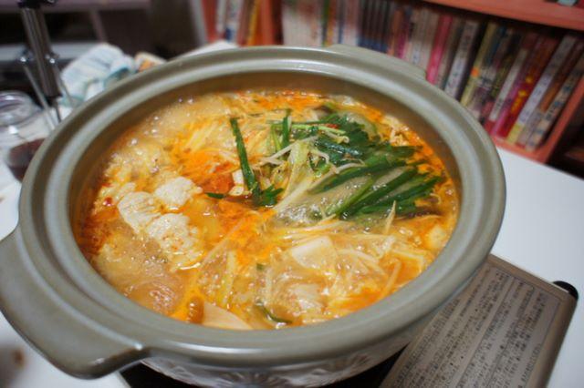 ホルモンキムチ鍋