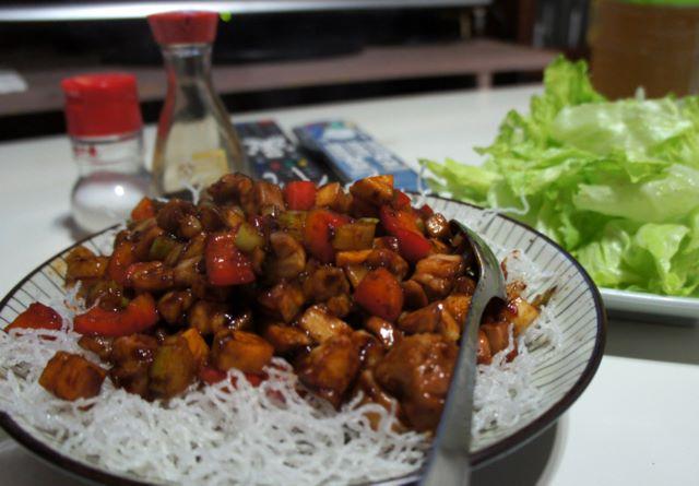 セロリと鶏肉のテンメンジャン炒め