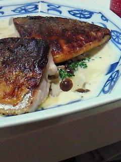 夕食(さばのムニエルと青菜炒め)